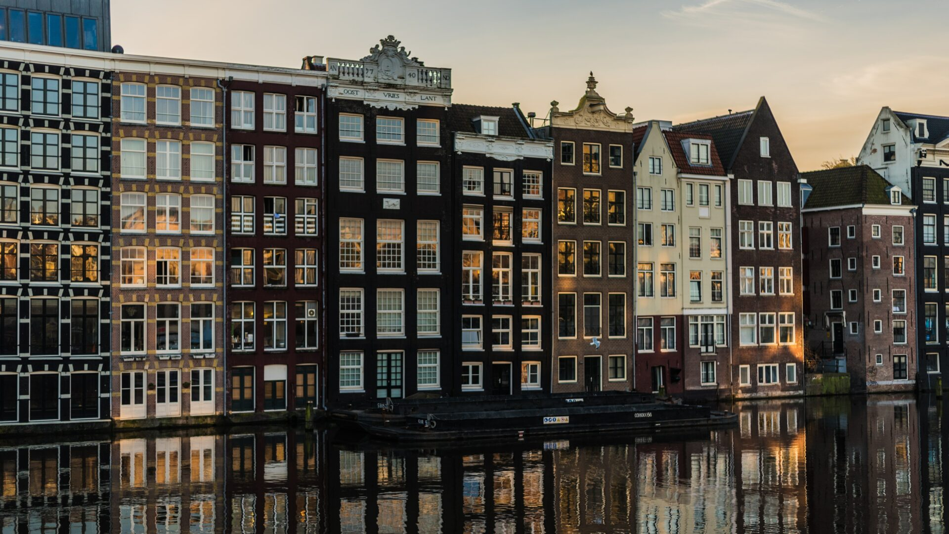 Amsterdam apartments by the river