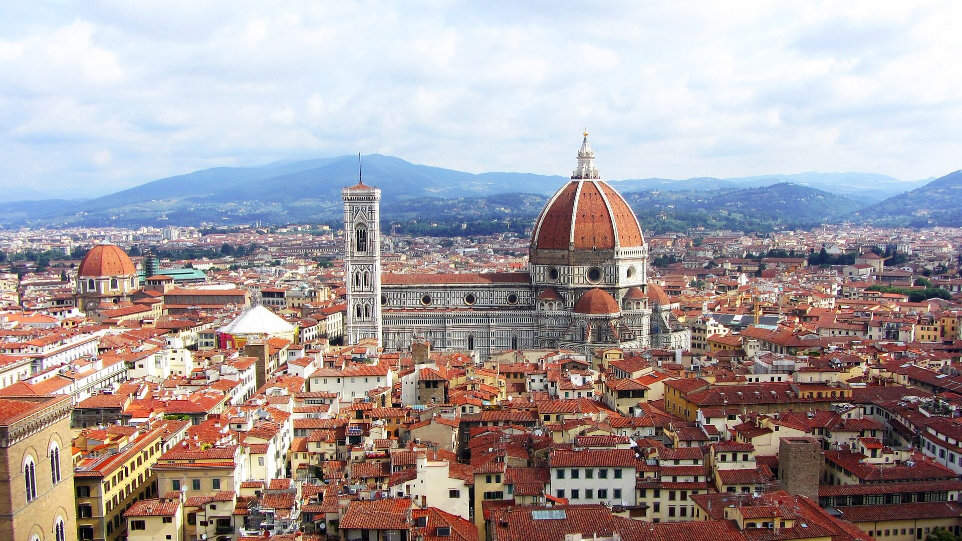 Picture of the Duomo in Florence or Firenze