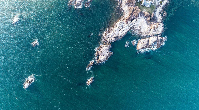 Rocky ocean blue cliffs in Rhode Island
